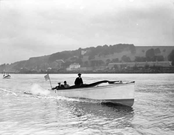 classic powerboat racing in Ireland